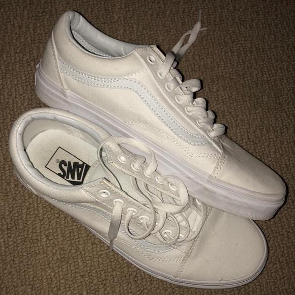 white vans size 9